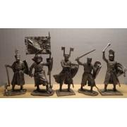 Набор оловянных солдатиков Германские средневековые рыцари  и воины №1 н/к в подарочной коробке (18 шт.)