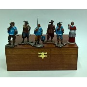 """Набор """"Мушкетеры и Ришелье"""" в деревянной коробке (6п1)"""