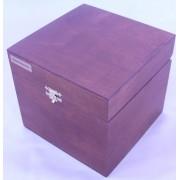 Подарочная деревянная коробка 100х100х100