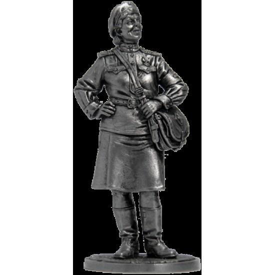 Девушка-санинструктор, сержант Красной армии 1943-45 гг. СССР WWII-17 EK