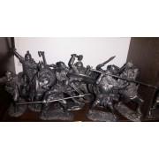 Набор оловянных солдатиков Викинги №7 н/к в фанерной коробке (15 шт)